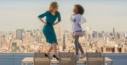 "Grace (Rose Byrne) and Annie (QuvenzhanŽ Wallis) sing ""I Think I'm Gonna Like it Here"" on Stacks' terrace in Columbia Pictures' ANNIE."