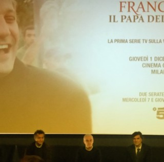 """Francesco il Papa della gente"", la serie tv targata Mediaset approda pure su Netflix"